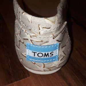 Women's TOMS